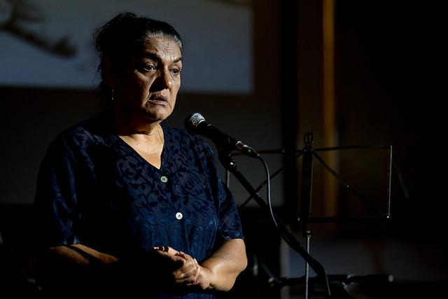 Daróczi Ágnes a Romano Instituto Alapítvány ( Cigányságkutató Intézet) vezetője egy megemlékezésen a Holokauszt Emlékközpontban