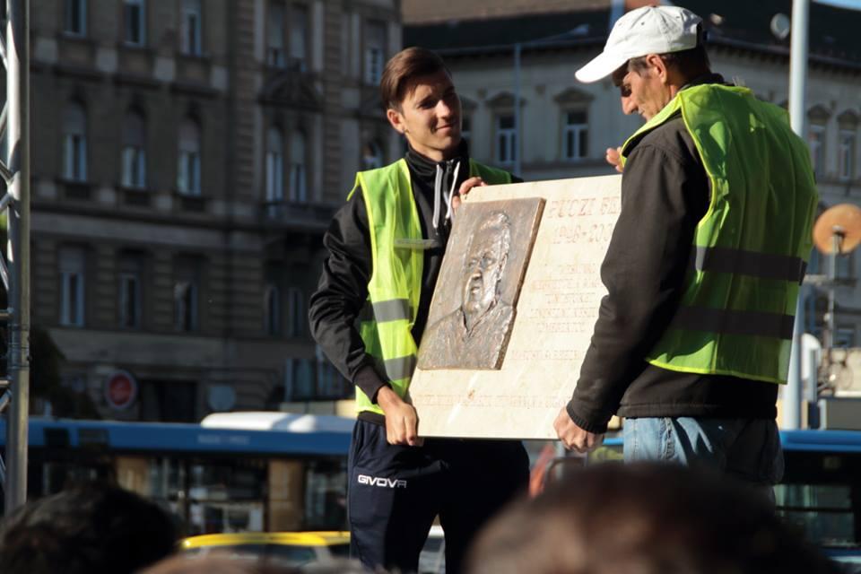 Puczi Béla roma hős emléktáblája - Fotó: Bakki László