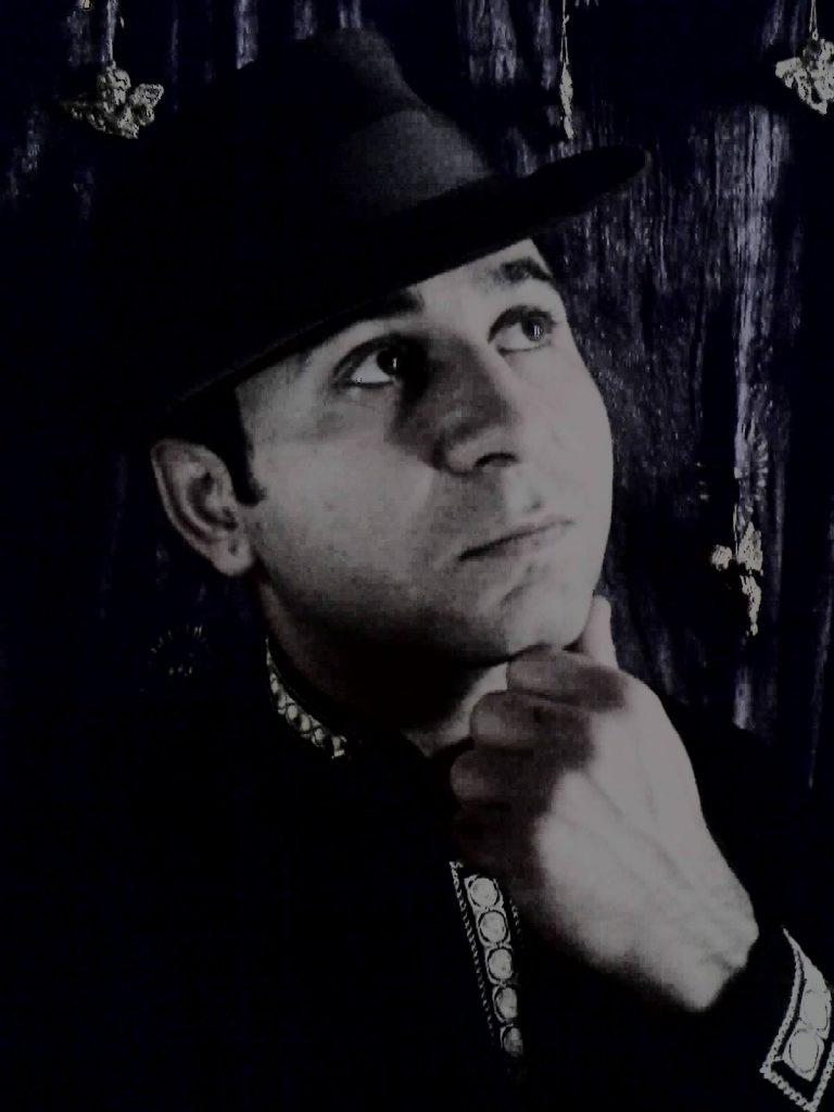 Tóth Olivér költő